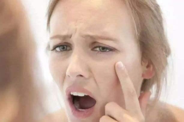这些现象提醒你肌肤正在衰老