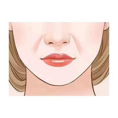 冬天嘴唇干裂应该怎么办
