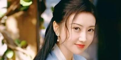 《司藤》热播丨景甜人间富贵花,除了造型绝美,还有这个原因